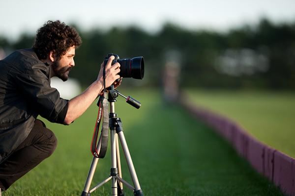 Где найти фотографа работа для парней моделью в европе